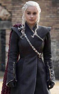 Daenerys_Dragonpit.jpg