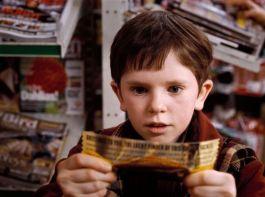 gallery-1437403537-freddie-highmore-charlie-chocolate-factory-now.jpg